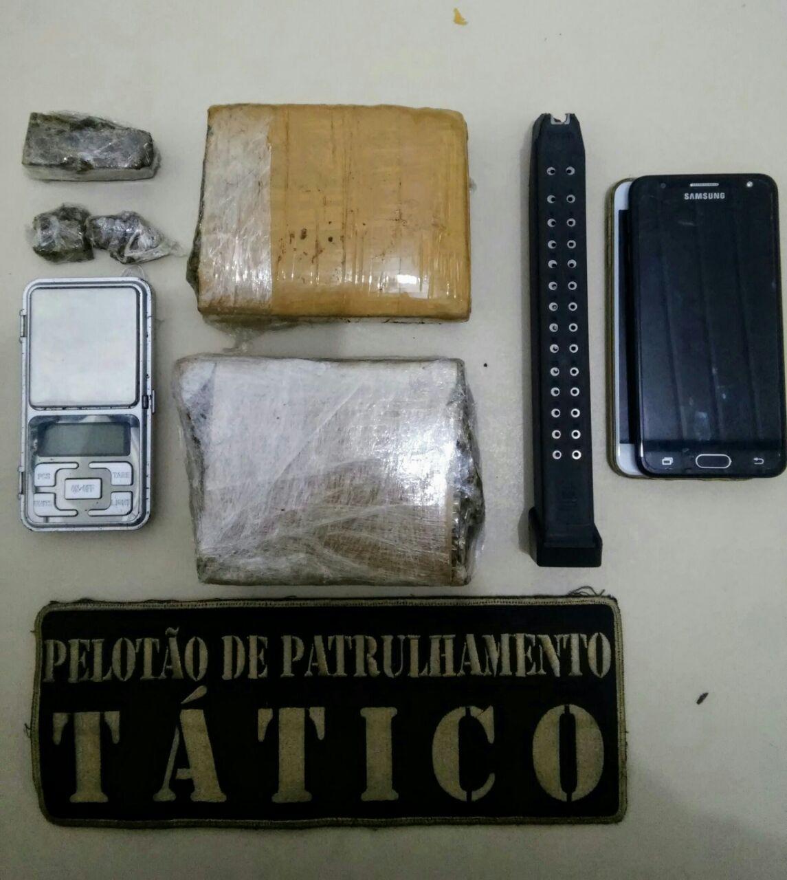 Mãe agredida pelo filho, denuncia e criminoso acaba preso por tráfico em Criciúma