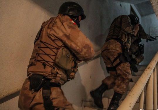 Bandidos roubam empresários em Criciúma