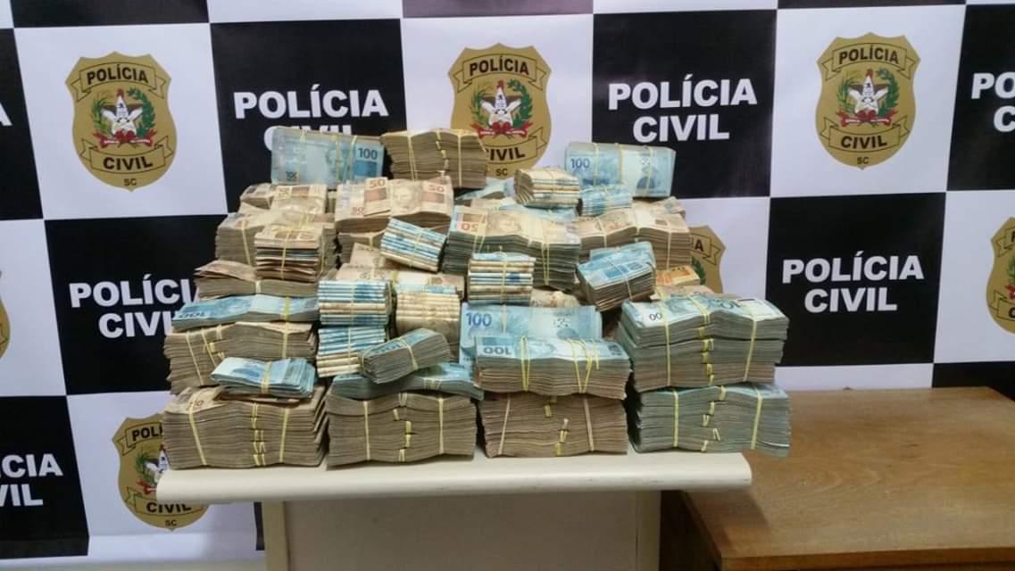 Polícia Civil apreende quase R$ 2 milhões em Criciúma