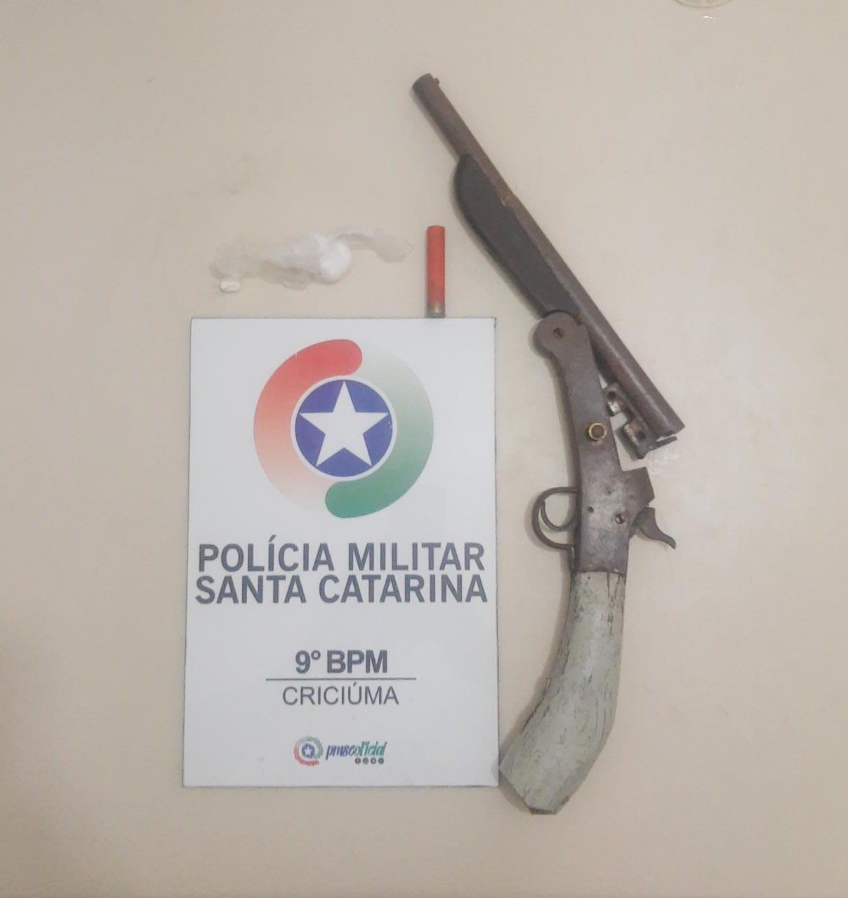 GR-9 prende bandido e apreende arma de fogo em Criciúma