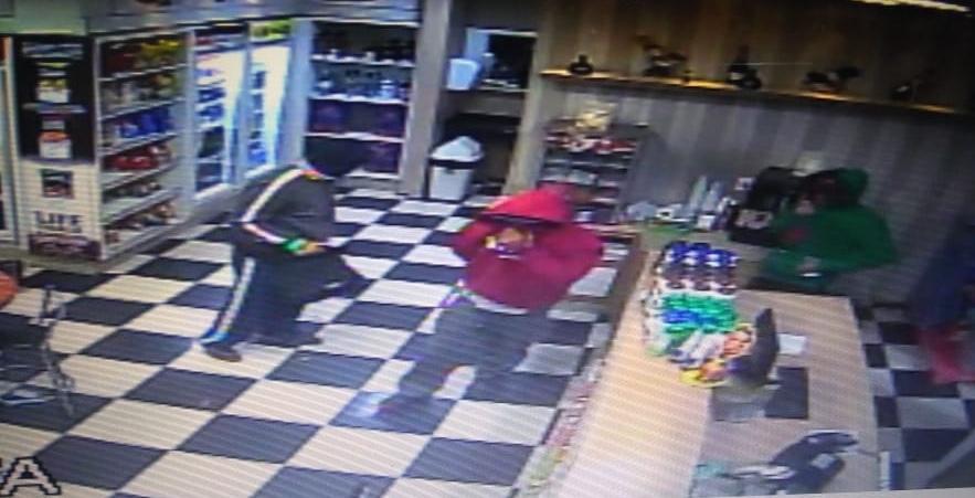 Criminosos armados roubam posto de combustíveis em Criciúma