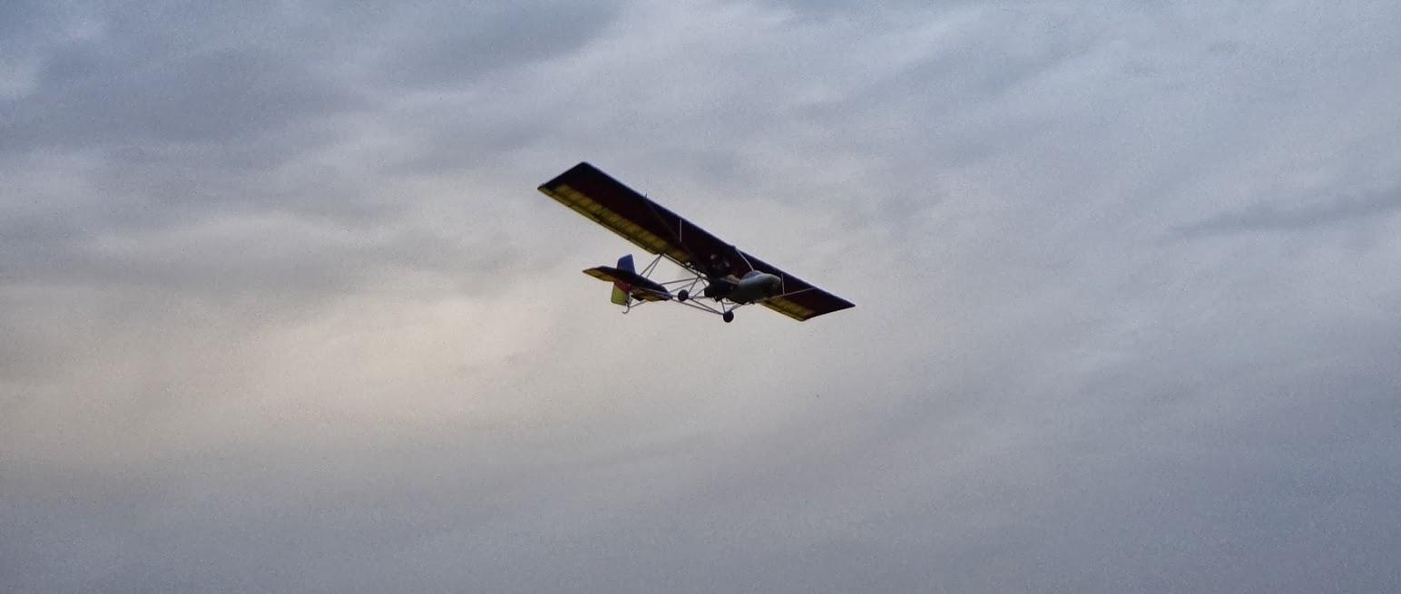 Avião ultraleve cai em Araranguá
