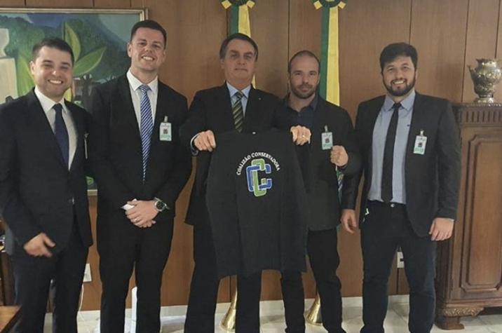 Conservadores de Criciúma se encontram com presidente Jair Bolsonaro