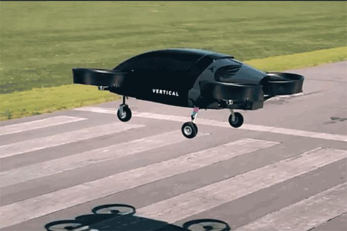 Táxi voador é testado com sucesso por CEO de companhia de energia