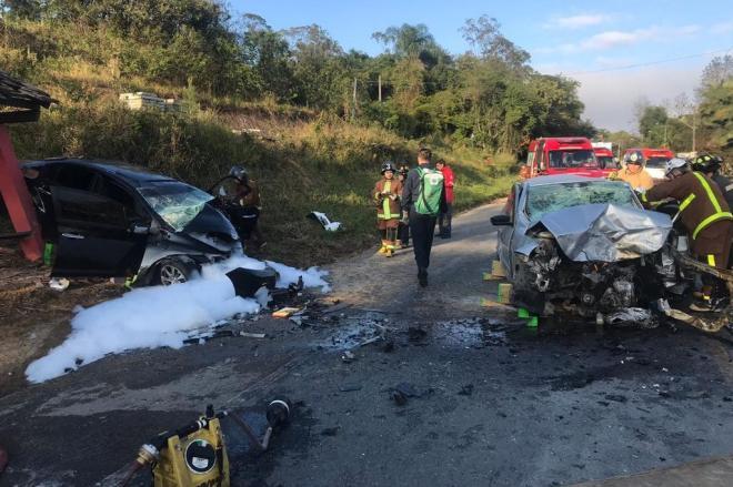 Feriadão registra cinco mortes em rodovias federais em SC
