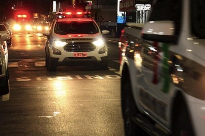 Bandidos armados invadem empresa e roubam caminhoneta em Criciúma