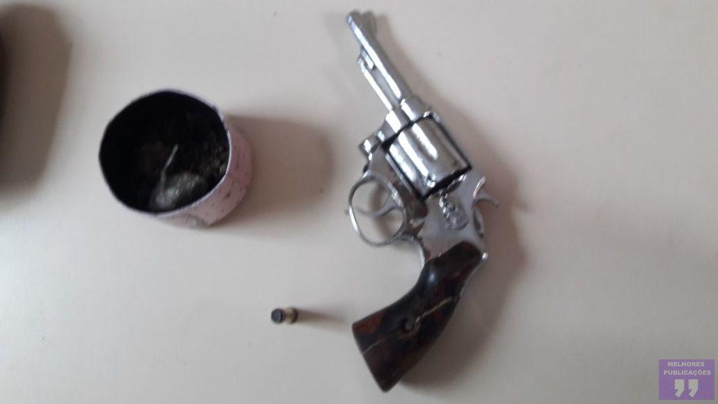PM prende criminoso armado