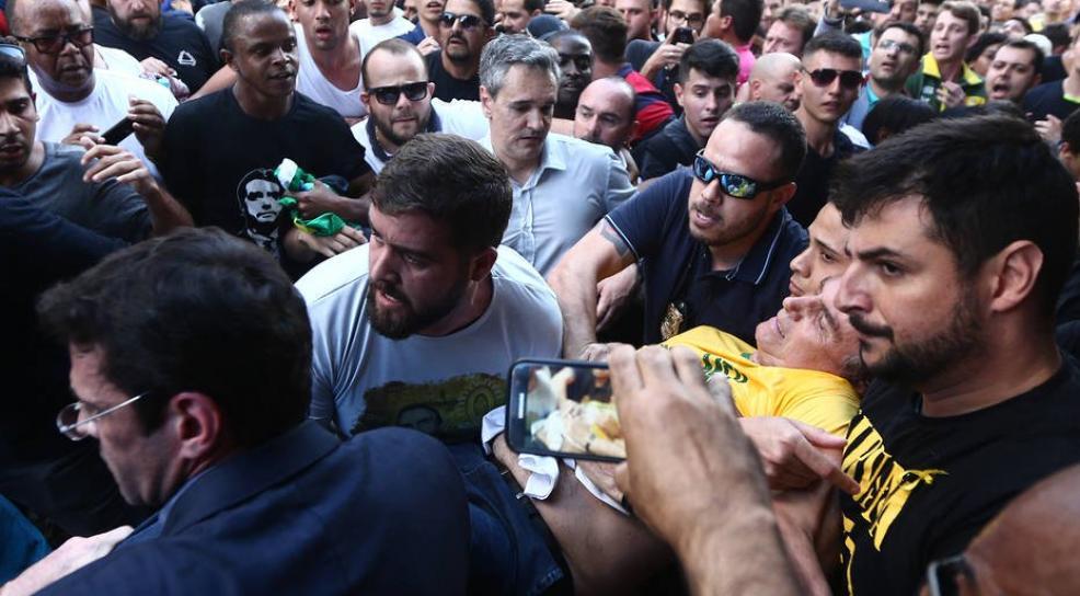 Jair Bolsonaro é esfaqueado em MG