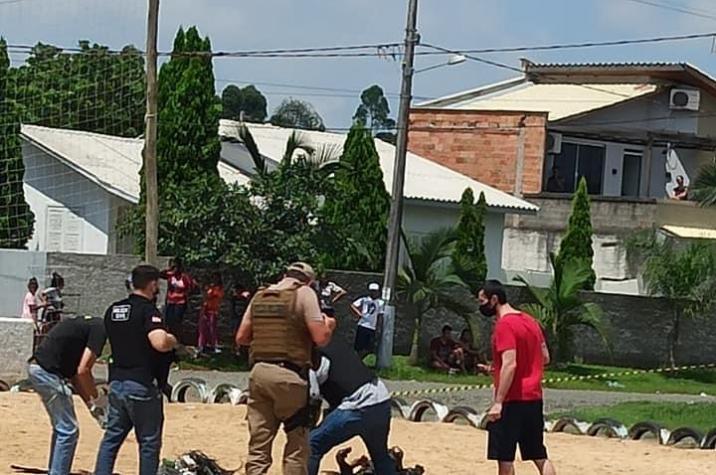 Homem é morto a tiros e tem o corpo carbonizado em Criciúma