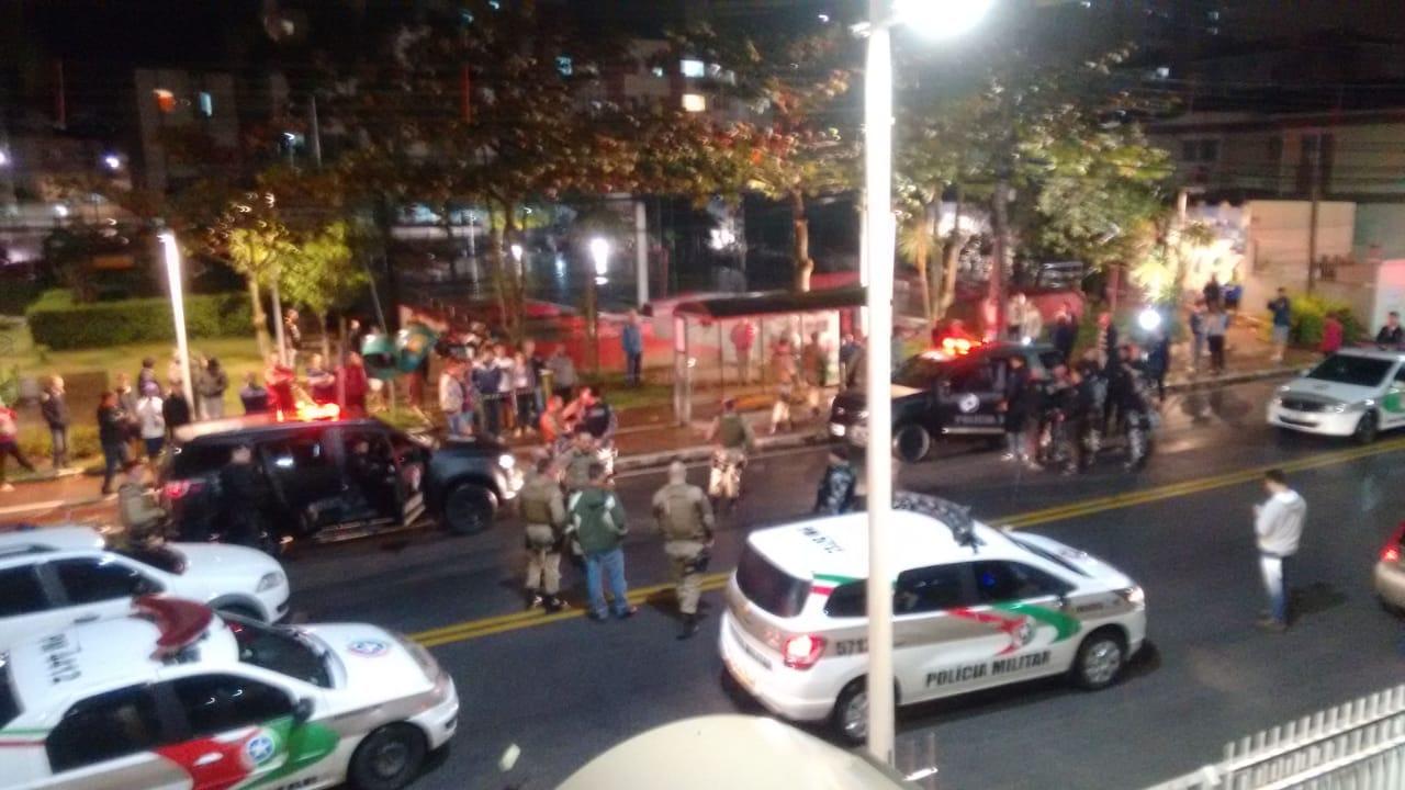 Policiais impedem assalto e matam bandido