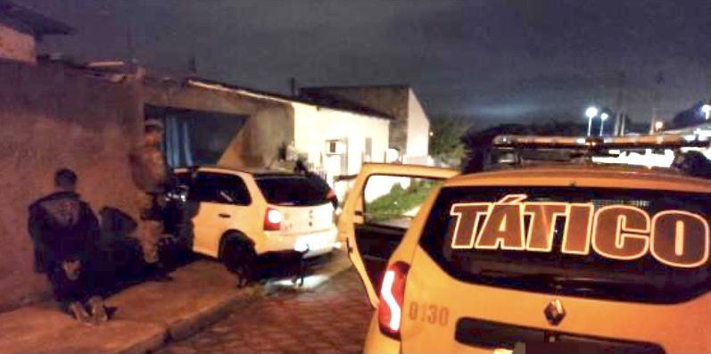 Polícia Militar prende bandido e recupera veículo roubado em Criciúma