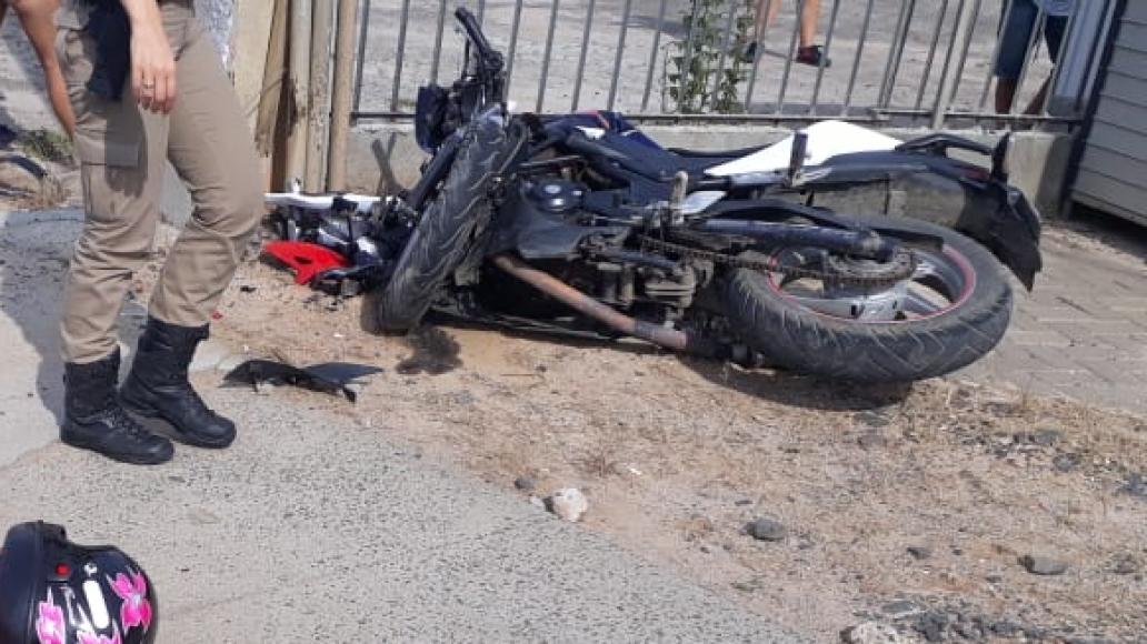 Motociclista morre após ter a frente cortada por carro em Criciúma