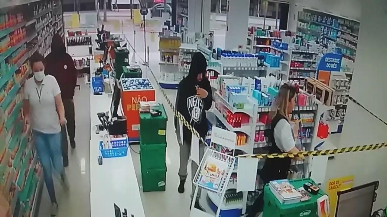 Após assalto em farmácia, quadrilha é presa pela PM em Criciúma