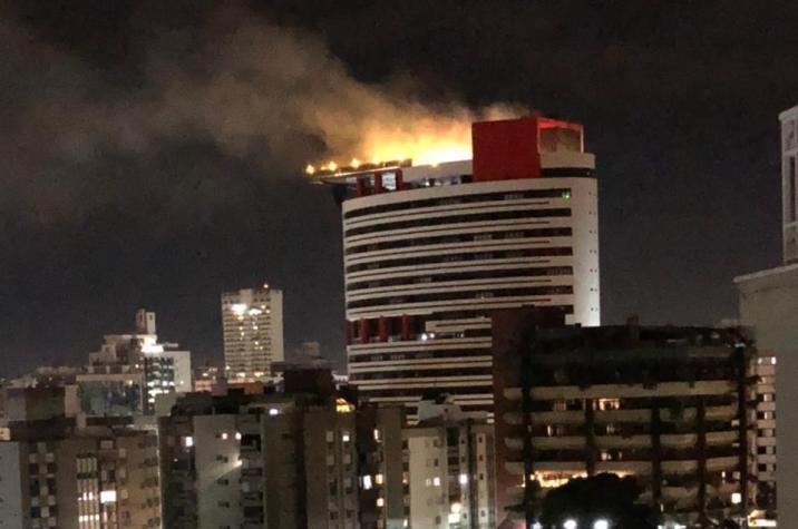 Edifício Metropolitan pega fogo em Criciúma
