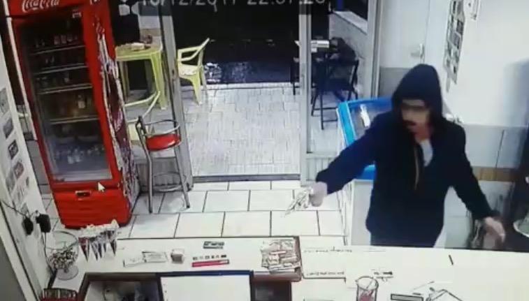 Lanchonete é assaltada em Criciúma