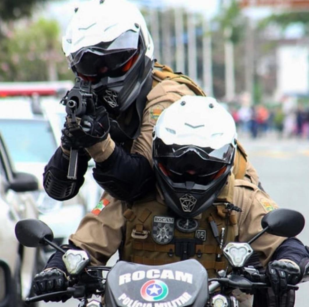 Bandidos invadem edifício, amarram vítimas e roubam escritório em Criciúma