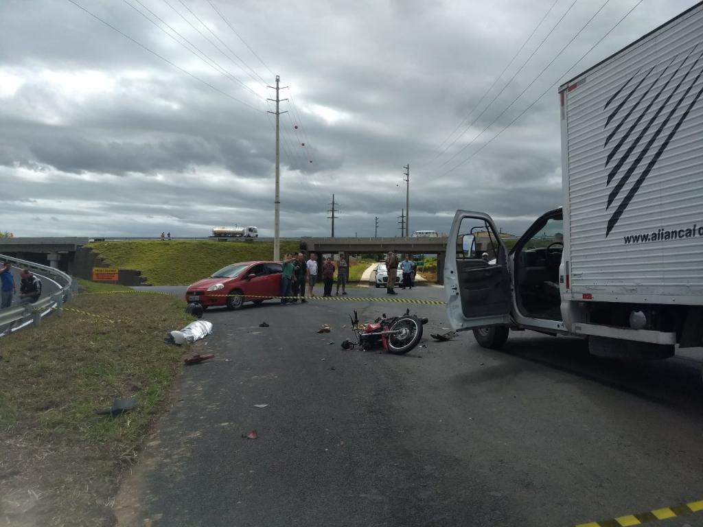 Motociclista morre em acidente próximo à Via Rápida