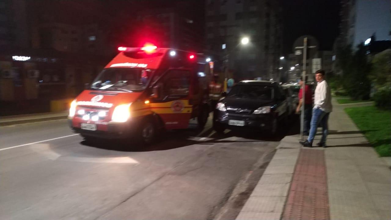 Bandidos roubam carro, sequestram vítimas e ameaçam estupra-las em Criciúma