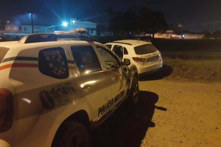 Bandidos roubam duas caminhonetes em poucos minutos em Criciúma