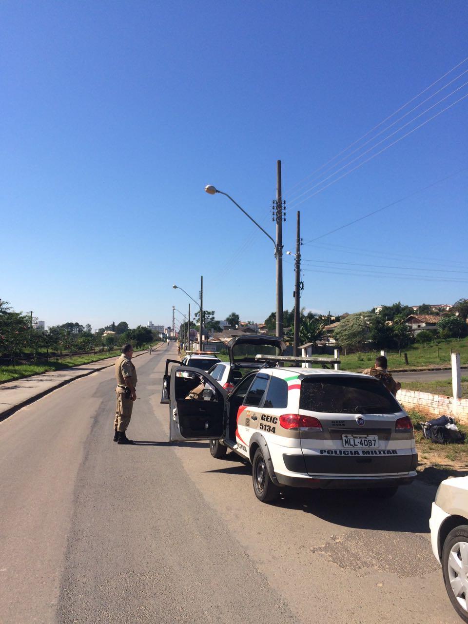 Polícia Militar prende homem armado em Içara