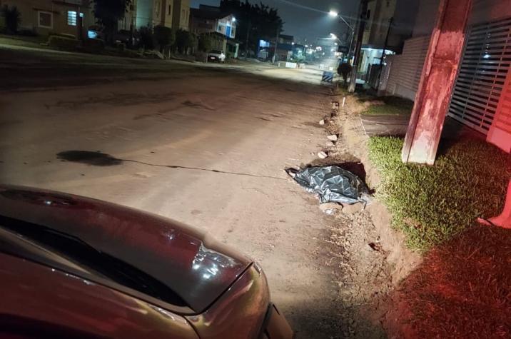 Ladrão morre eletrocutado ao subir em poste para furtar fio em Criciúma