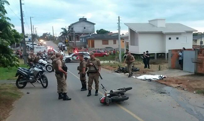 Motociclista morre em grave acidente em Criciúma