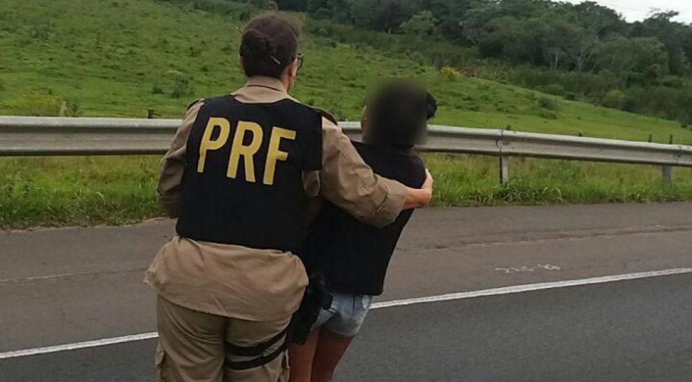 Policiais Rodoviários Federais impedem menina de 13 anos de cometer suicídio