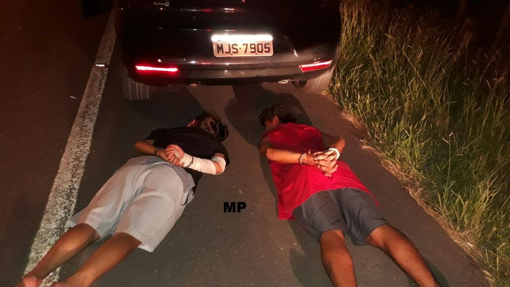 Após cometerem uma série de assaltos, ladrões são presos