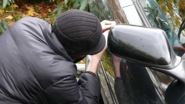 Após furtar carro, criminoso é preso