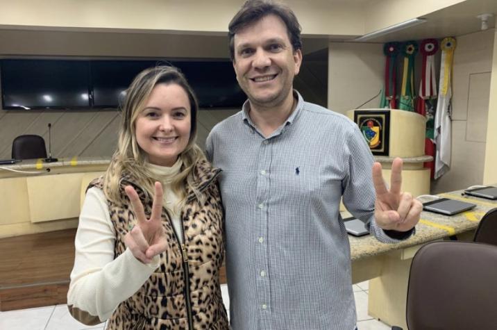 Velha política: Julia Zanatta fica sem opção e tem que negociar com partido do governador que traiu o presidente Bolsonaro