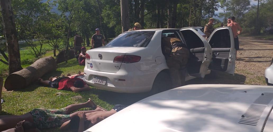 De folga, policial militar de Criciúma recupera veículo roubado