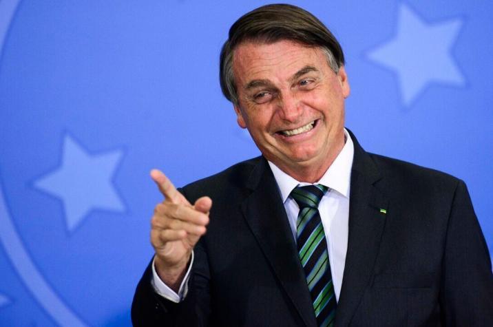 Bolsonaro diz que governo avalia ICMS fixo sobre combustíveis