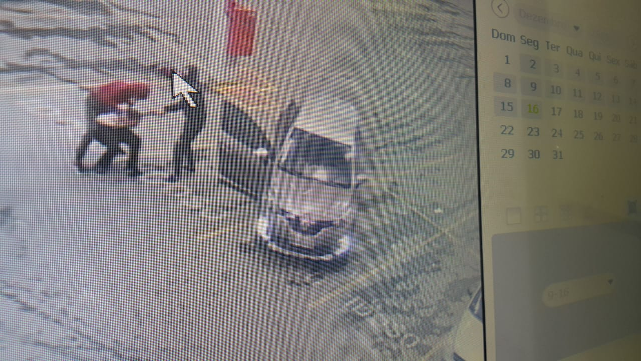Bandidos roubam arma e colete de vigilante no Fort Atacadista