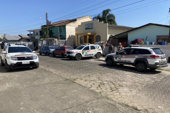 Polícia Militar prende traficante no bairro Renascer em Criciúma