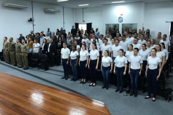 PM recebe novos agentes temporários na região Sul de SC