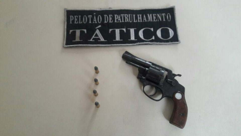 Criminoso é preso portando arma de fogo em Criciúma