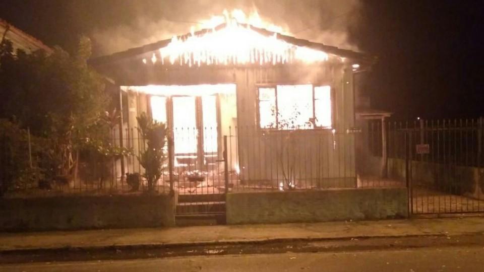 Incêndio destrói residência em Cocal do Sul