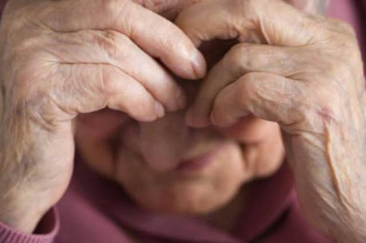 Idosa de 84 anos é espancada pelo filho em Criciúma; agressor foi preso