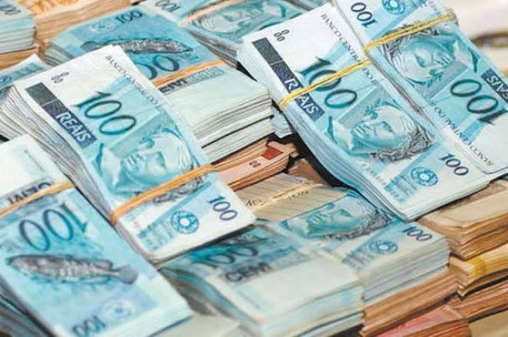 Bandido invade empresa e rouba malote de dinheiro em Criciúma