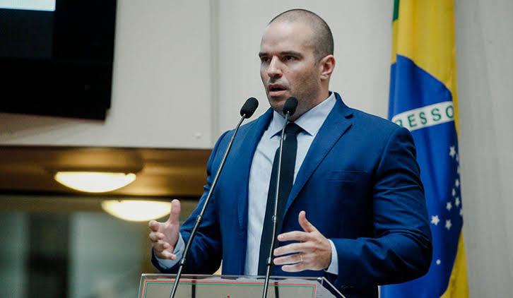 Deputado Jessé Lopes apresenta proposta que pode melhorar o salário dos praças militares em SC