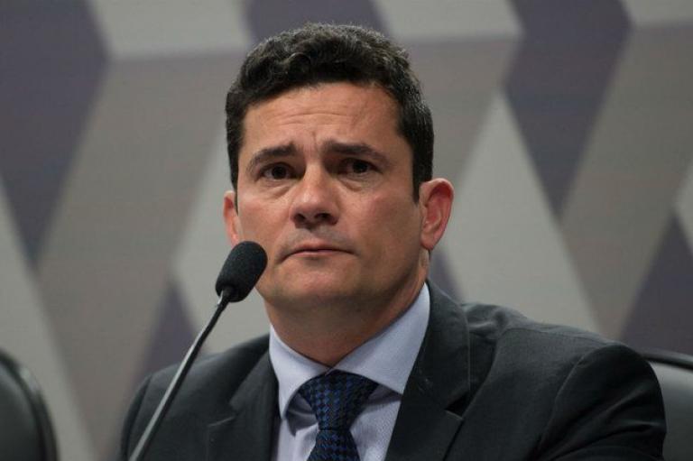 Sergio Moro deve aceitar convite de Bolsonaro para ser ministro