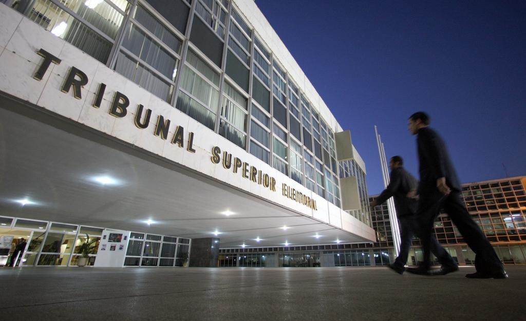 Ministério Público impugna 749 candidaturas com base na Ficha Limpa