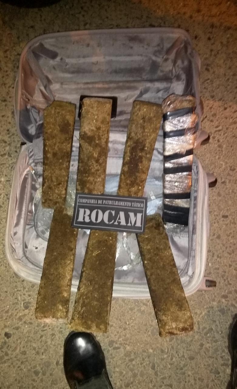 Polícia Militar apreende 6kg de maconha em Criciúma