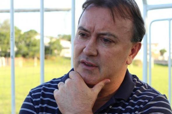 Criciúma contrata João Carlos Maringá