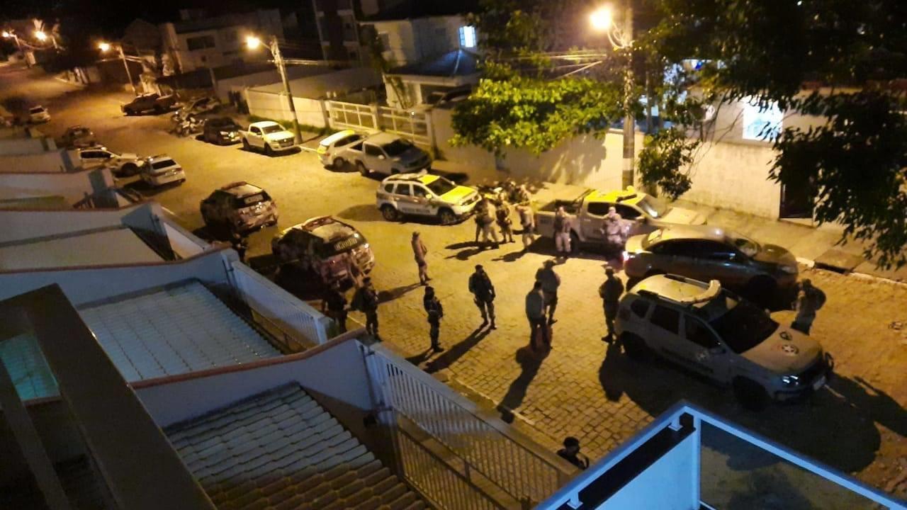 Quatro bandidos da mesma facção criminosa são mortos em confronto com a PM