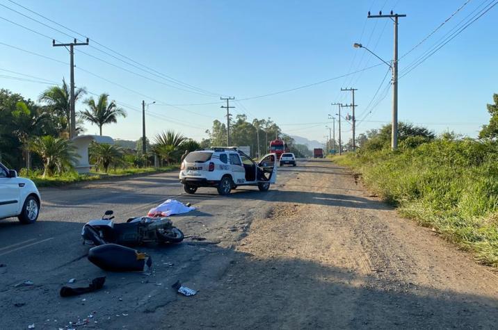 Motociclista morre após grave acidente na Jorge Lacerda, em Criciúma