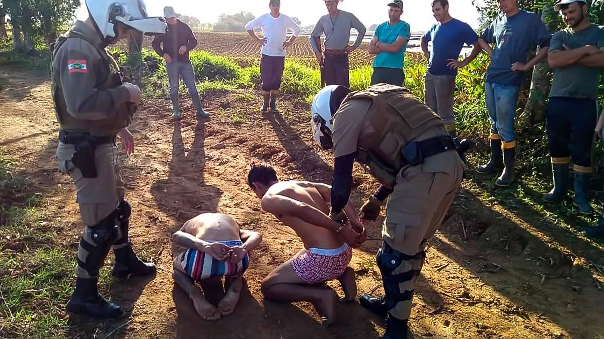 Após furto, bandidos são presos com auxílio de moradores que participam da Rede de Vizinhos
