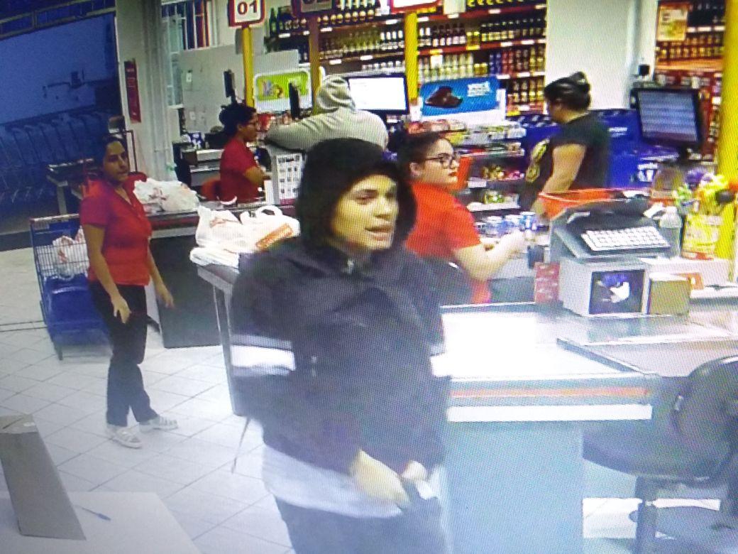 Bandidos assaltam supermercado em Criciúma