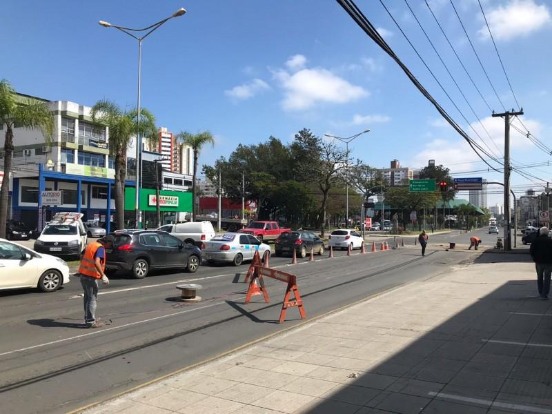 Sensores de trânsito são instalados em Criciúma