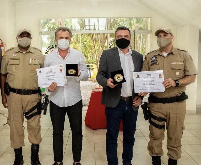 Comandante da PM de Criciúma diz que usou dinheiro repassado pela prefeitura para comprar medalhas